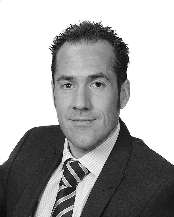 Darren Peachey, Finance Director